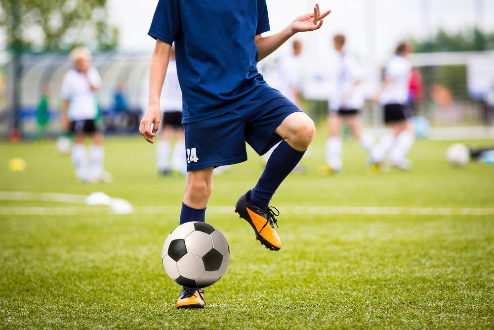 El fútbol, un deporte ideal para practicar al aire libre